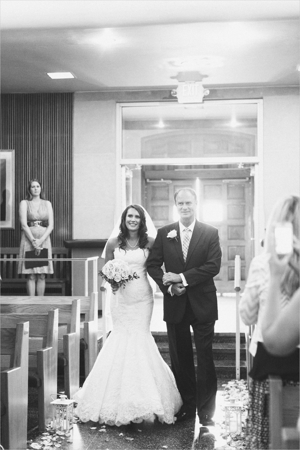 emily-michael-blackburg-virginia-tech-wedding_0031