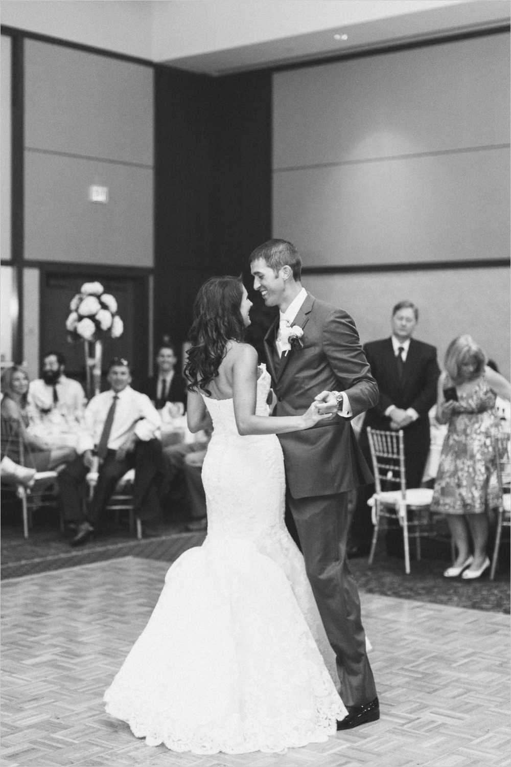 emily-michael-blackburg-virginia-tech-wedding_0050