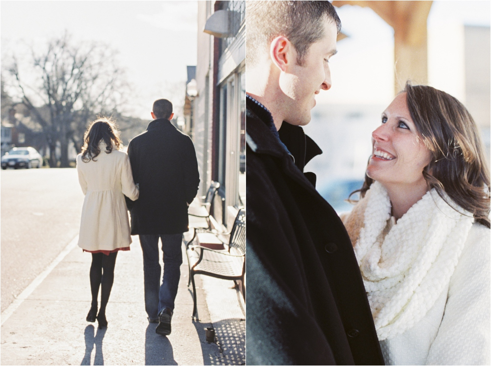 cozy-winter-downtown-blacksburg-va-engagement__0004