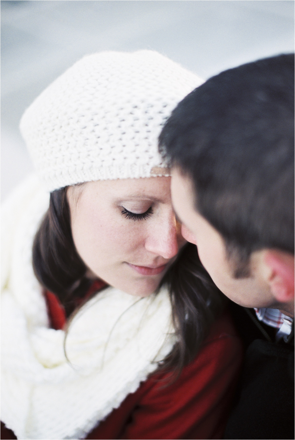 cozy-winter-downtown-blacksburg-va-engagement__0023