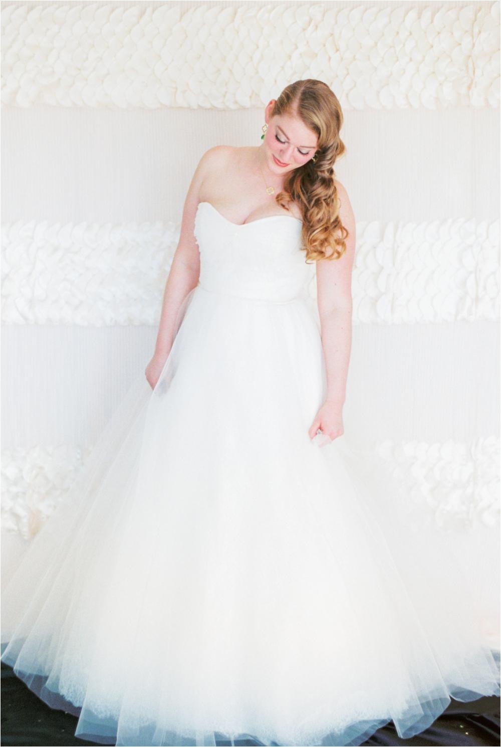 saint-patricks-day-wedding-inspiration-stephanie-yonce_0006