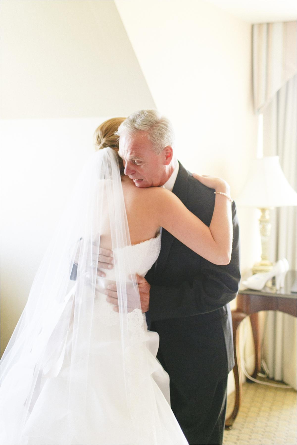 jaclyn-ryan-classic-hotel-roanoke-virginia-wedding-_0014