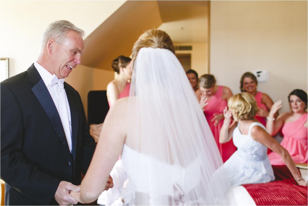jaclyn-ryan-classic-hotel-roanoke-virginia-wedding-_0015