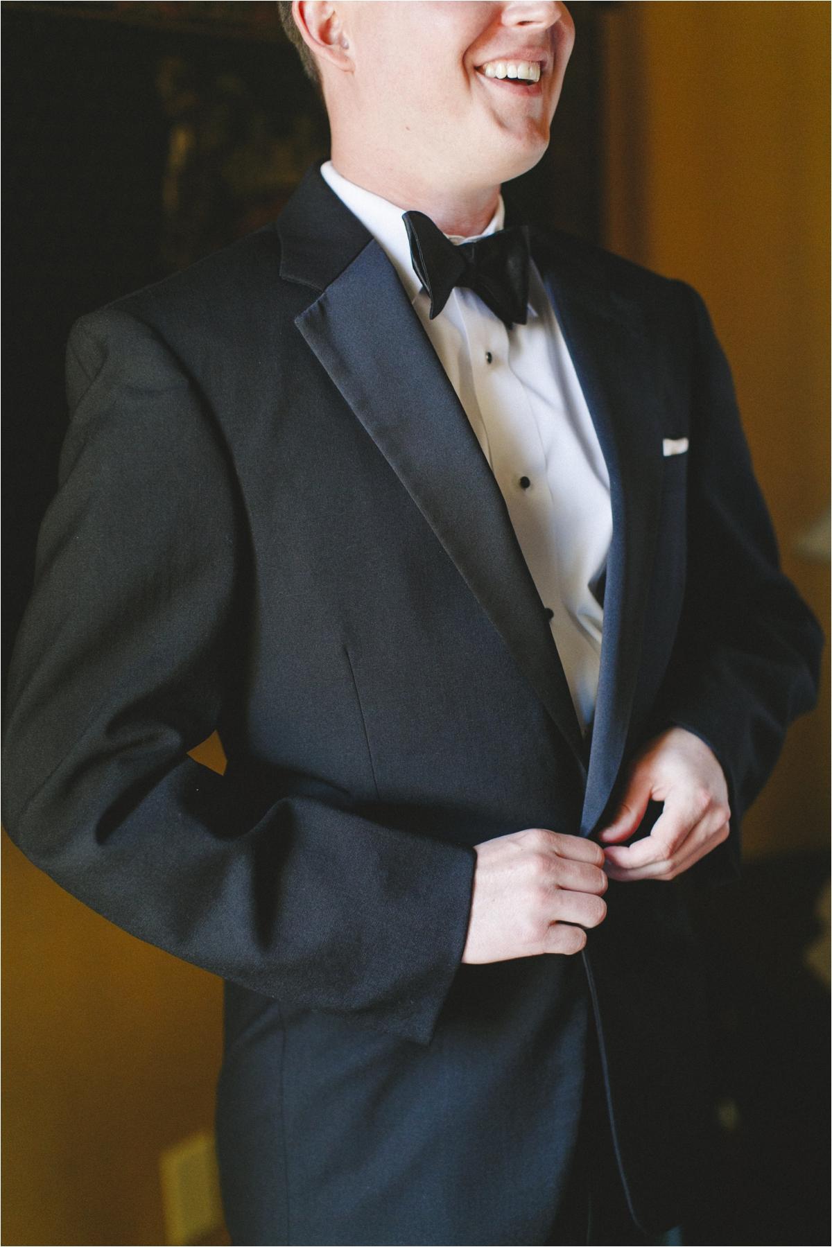 jaclyn-ryan-classic-hotel-roanoke-virginia-wedding-_0020