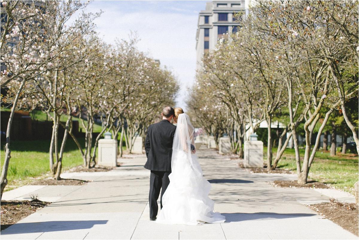 jaclyn-ryan-classic-hotel-roanoke-virginia-wedding-_0045