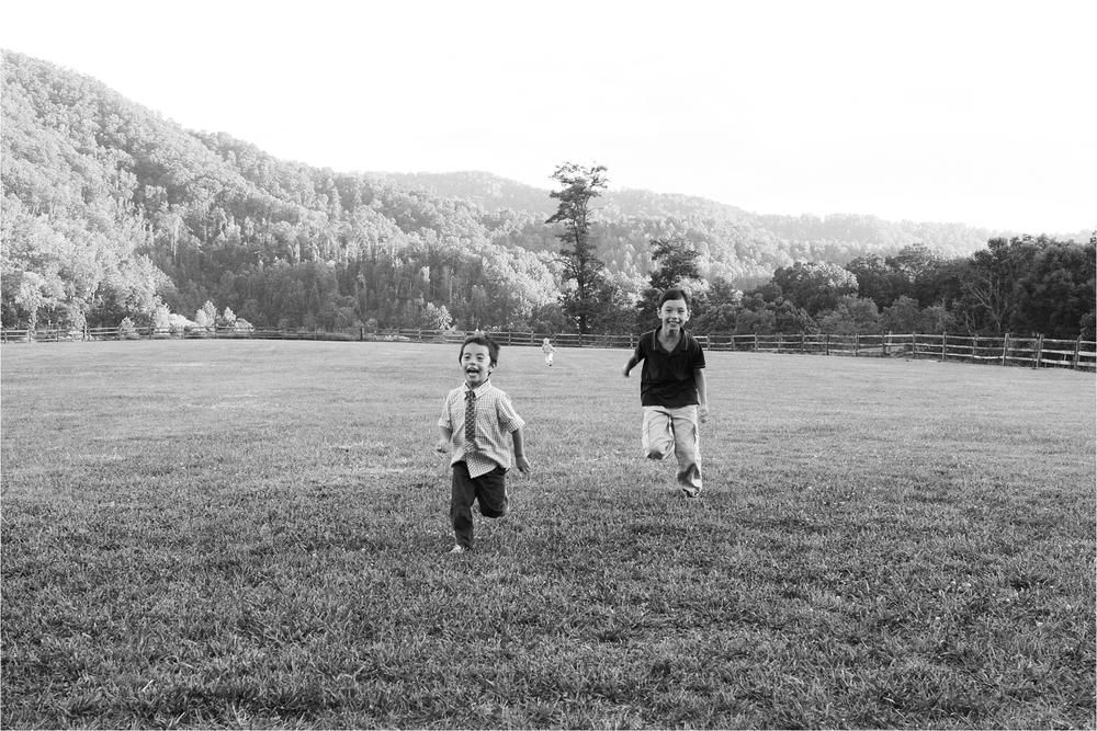 alyssa-pascal-claxton-farms-asheville-north-carolina-wedding_0033.JPG