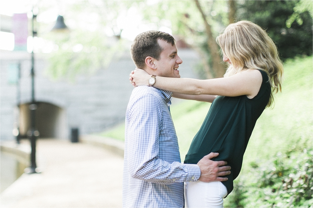 alyssa-kevin-downtown-richmond-canal-walk-engagement-photo_0013.jpg