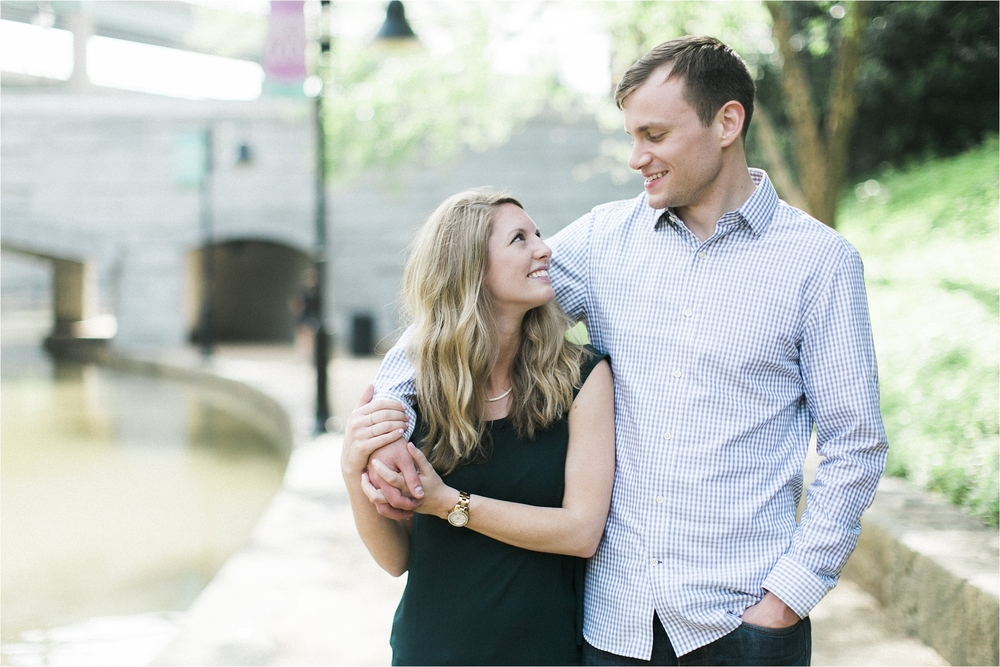 alyssa-kevin-downtown-richmond-canal-walk-engagement-photo_0015.jpg
