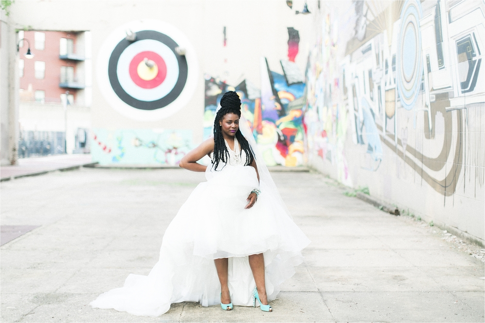 richmond-virginia-street-art-bridal-editorial-stephanie-yonce-photo__0006.jpg