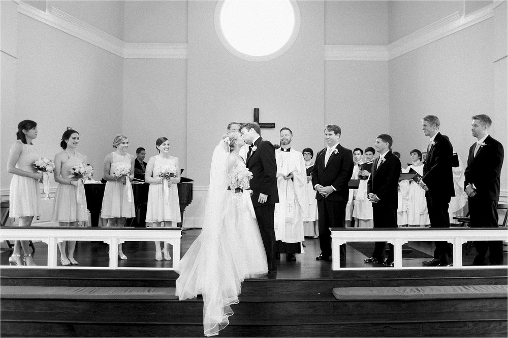 army-navy-country-club-arlington-virginia-blush-organic-wedding-photo_0015.jpg