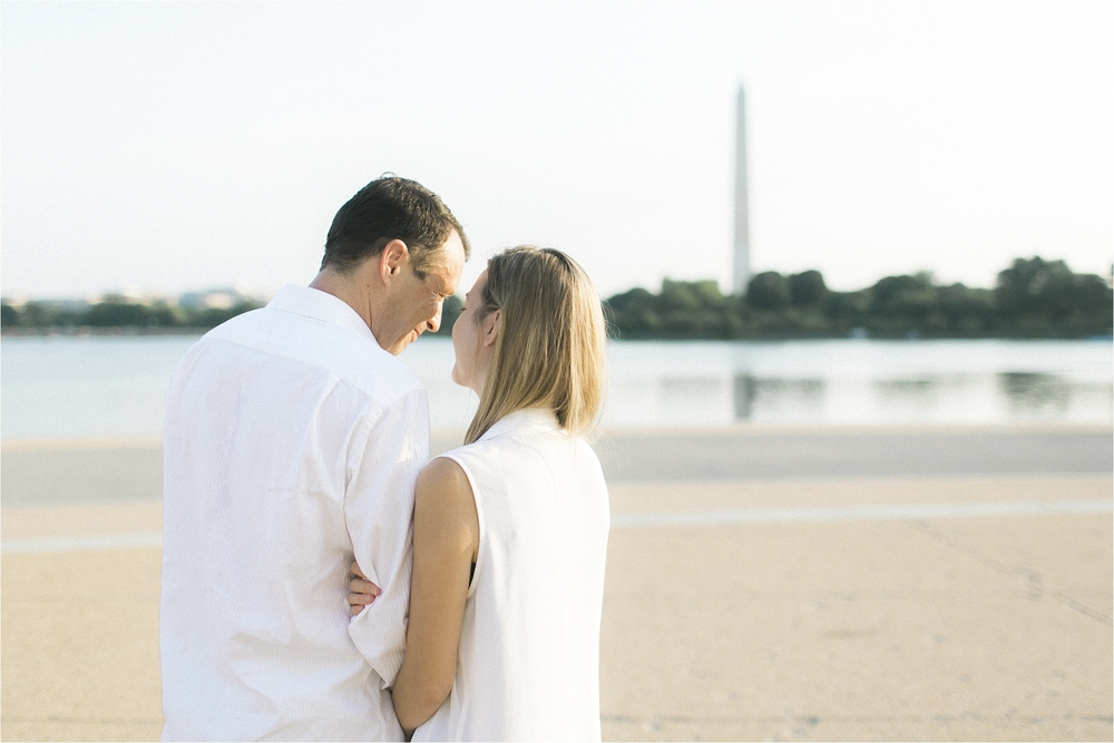 stephanie-yonce-photography-thomas-jefferson-memorial-washington-dc-engagement-photos_0005.jpg