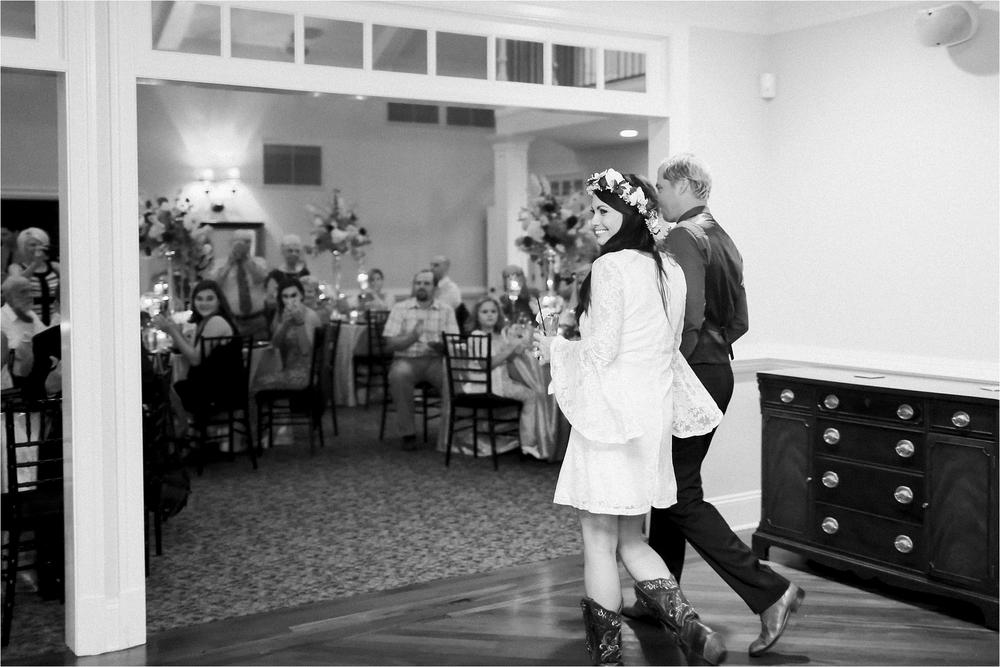 stephanie-yonce-photography-richmond-virginia-bohemian-outdoor-wedding-photo_0040.jpg