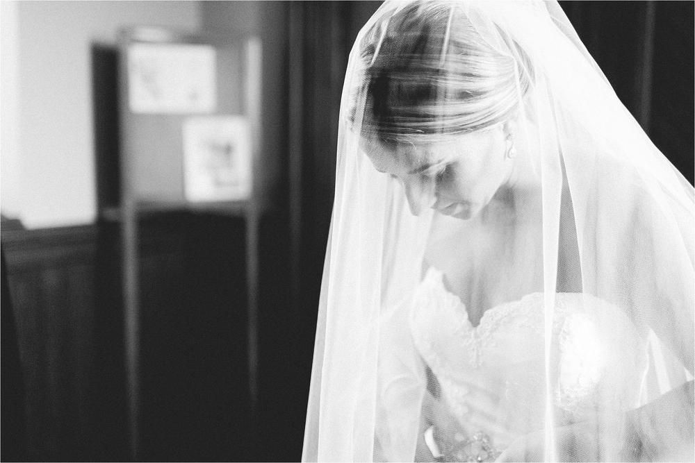 stephanie-yonce-photography-historic-gettysburg-hotel-pa-wedding_0016.jpg