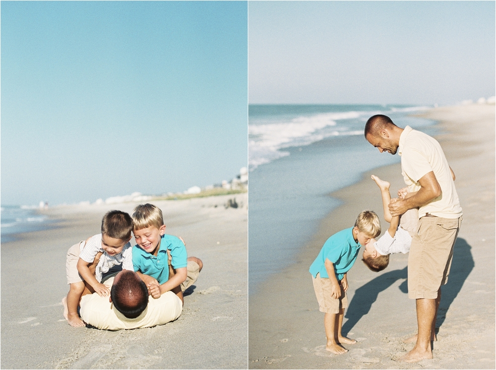 stephanie-yonce-photography-north-carolina-beach-family-portrait-session-photo-_0004.jpg