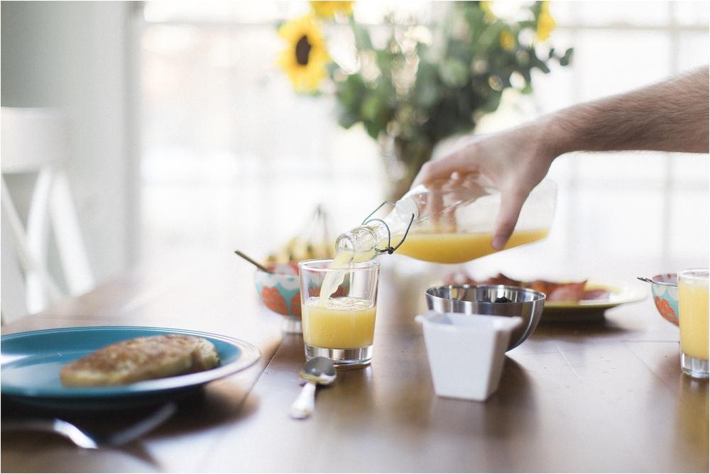 kaye-mike-richmond-virginia-sunrise-waterfront-breakfast-engagement-photo_0025.jpg