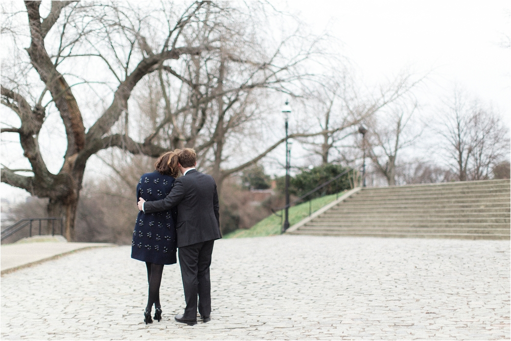 stephanie-yonce-photography-winter-libby-hill-park-virginia-engagement-photos_0005.jpg