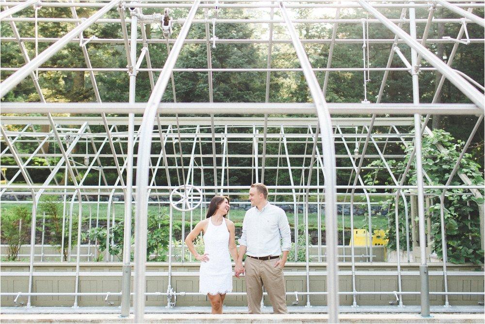 winterthur-gardens-delaware-engagement-photos_0007.jpg