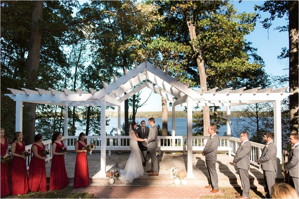 cate-tim-waterfront-richmond-virginia-fall-wedding-photos_0010.jpg