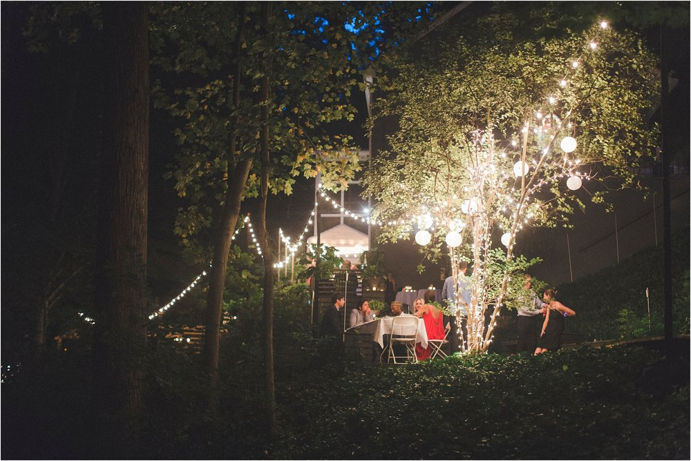 intimate-wooded-backyard-richmond-virginia-wedding-photo_0027.jpg