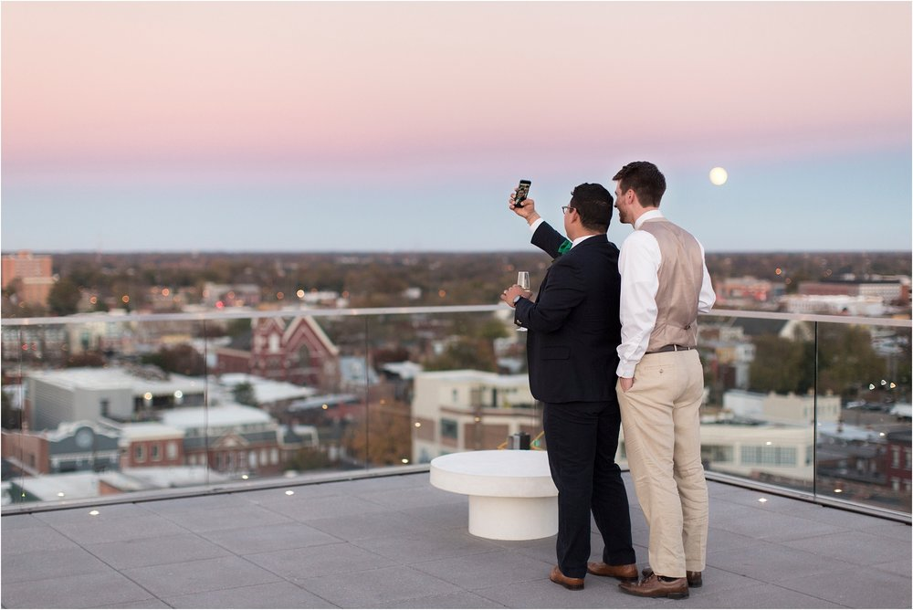 james-eric-same-sex-quirk-hotel-rooftop-love-session-photos_0006.jpg