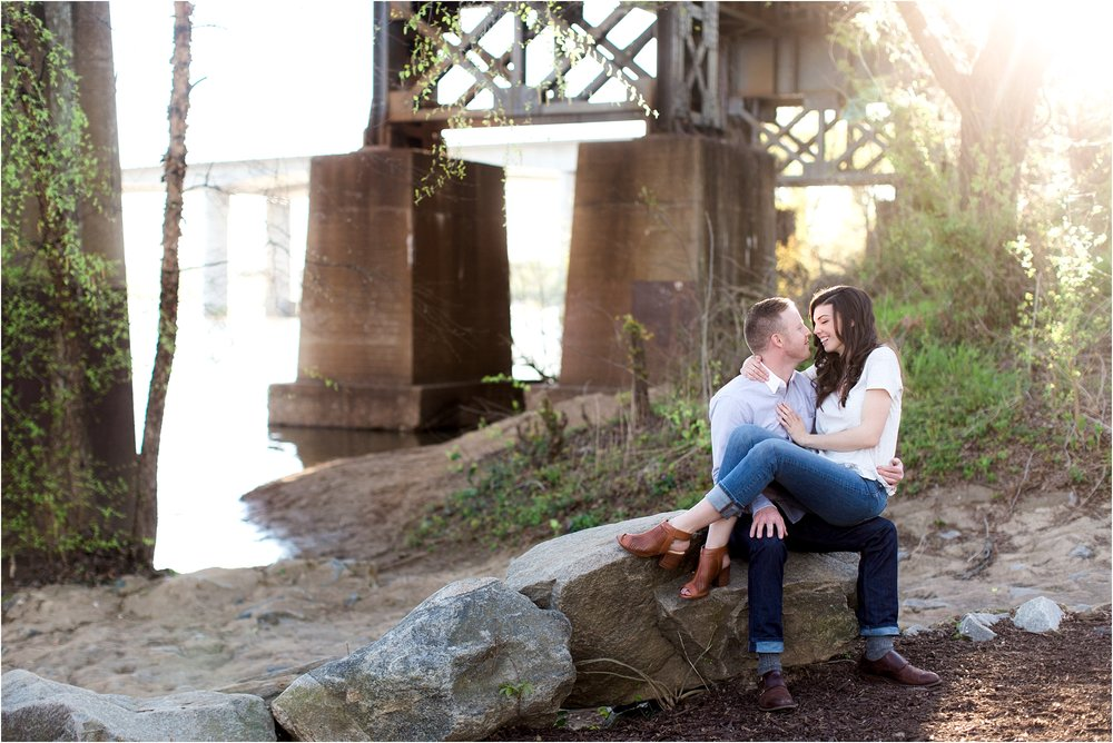 george-michelle-browns-island-richmond-va-engagement-photos_0001.jpg