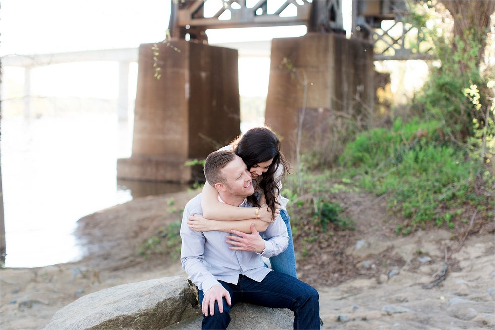george-michelle-browns-island-richmond-va-engagement-photos_0003.jpg
