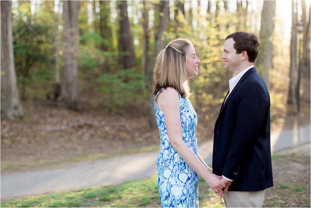 kiersten-john-university-of-richmond-va-engagement-photos_0005.jpg