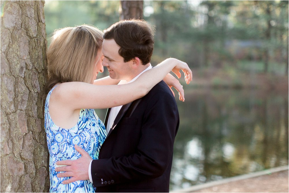 kiersten-john-university-of-richmond-va-engagement-photos_0011.jpg