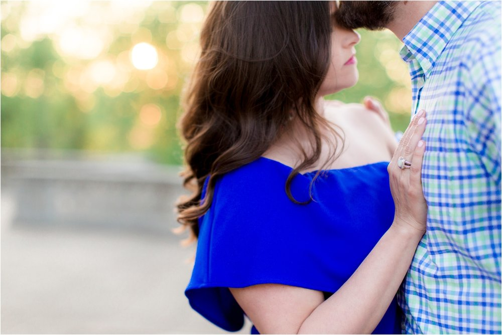 sarah-william-richmond-va-carillon-engagement-photos_0010.jpg