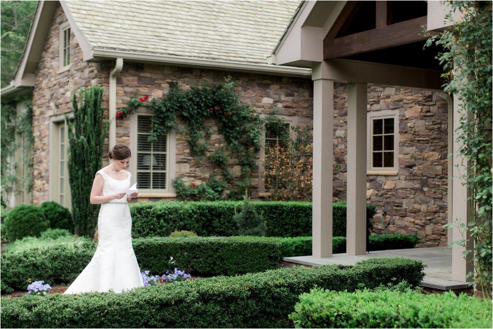 carly-jamie-richmond-va-commonwealth-club-rainy-wedding-day-photos_0011.jpg