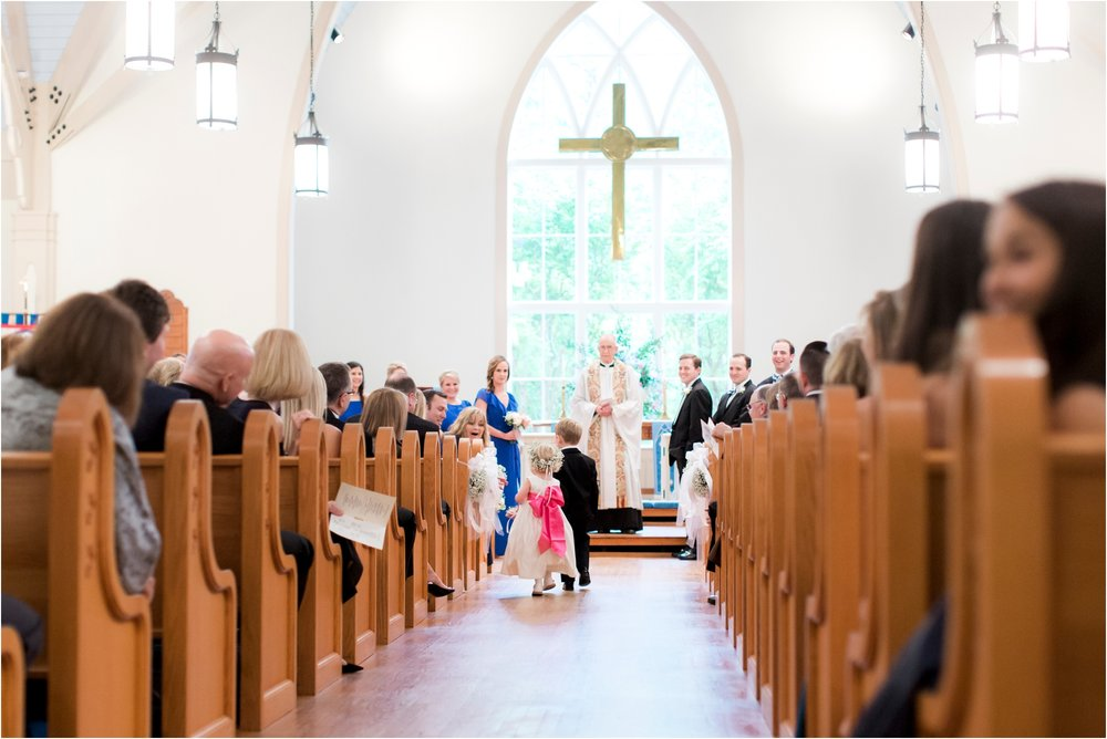 carly-jamie-richmond-va-commonwealth-club-rainy-wedding-day-photos_0031.jpg