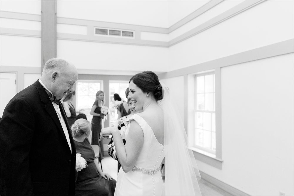carly-jamie-richmond-va-commonwealth-club-rainy-wedding-day-photos_0038.jpg