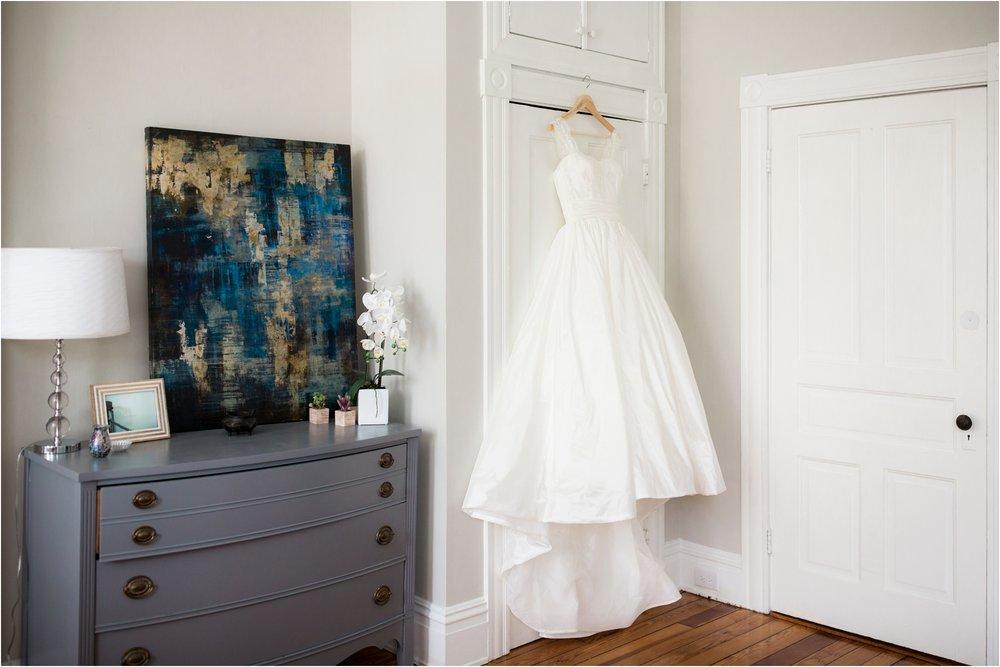 allie-dean-richmond-va-virginia-museum-fine-arts-vmfa-wedding-day-photos_0001.jpg