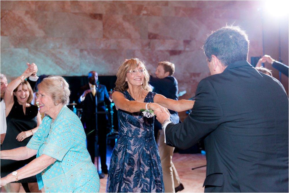 allie-dean-richmond-va-virginia-museum-fine-arts-vmfa-wedding-day-photos_0055.jpg
