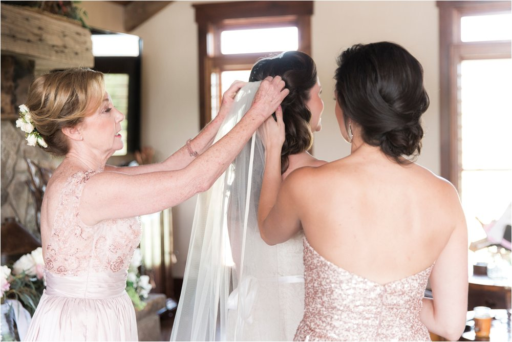 sarah-william-atkinson-farm-virginia-wedding-day-photos_0013.jpg