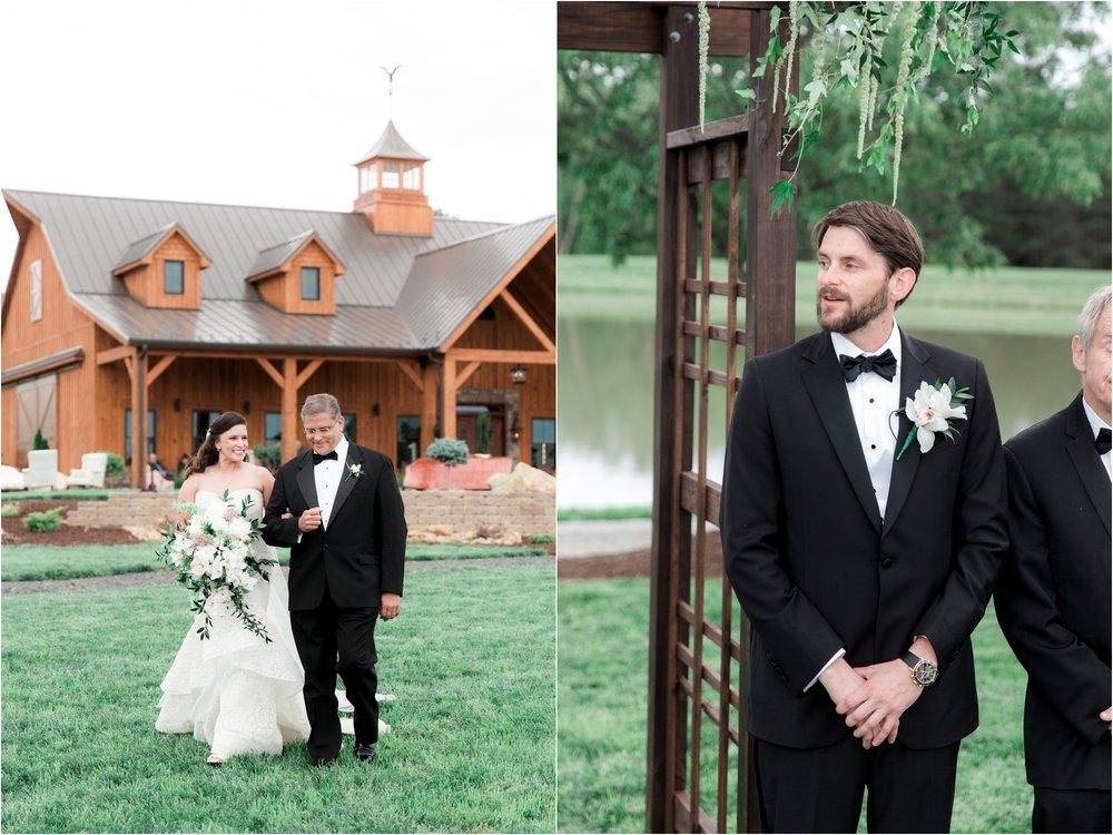 sarah-william-atkinson-farm-virginia-wedding-day-photos_0033.jpg