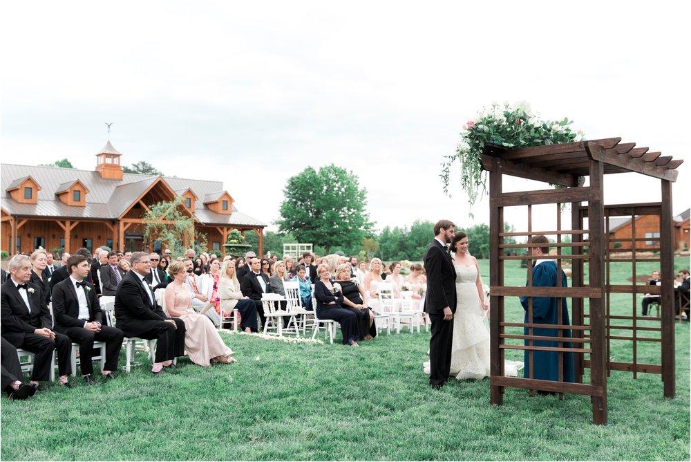 sarah-william-atkinson-farm-virginia-wedding-day-photos_0037.jpg