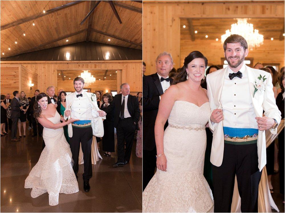 sarah-william-atkinson-farm-virginia-wedding-day-photos_0064.jpg