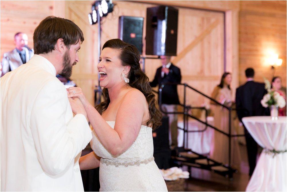 sarah-william-atkinson-farm-virginia-wedding-day-photos_0068.jpg