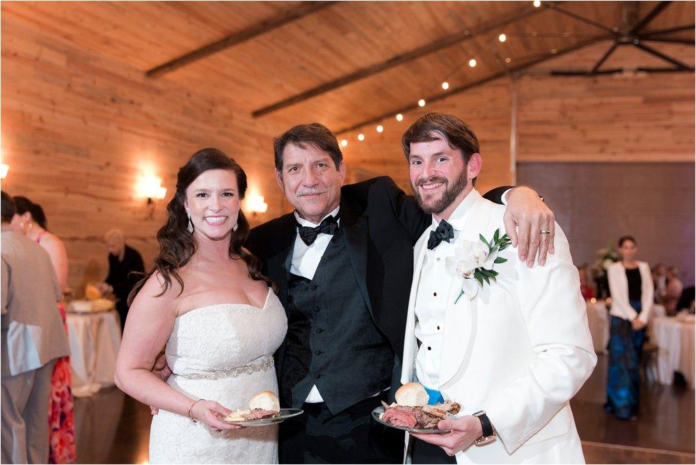 sarah-william-atkinson-farm-virginia-wedding-day-photos_0071.jpg