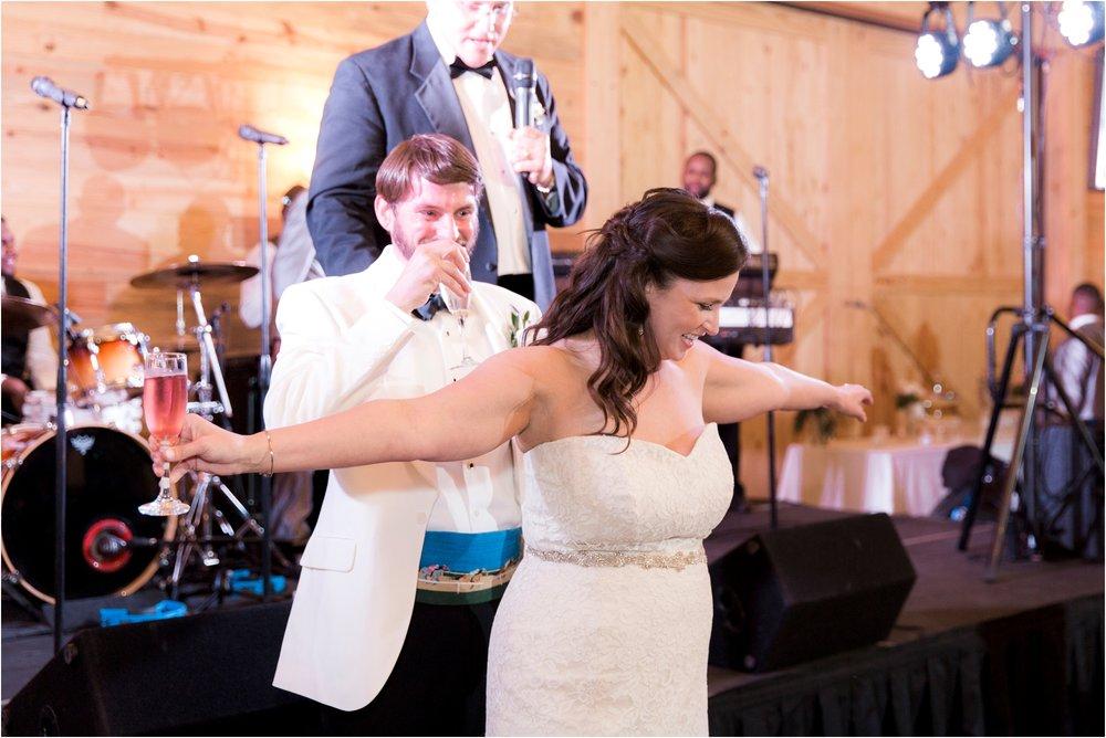 sarah-william-atkinson-farm-virginia-wedding-day-photos_0073.jpg