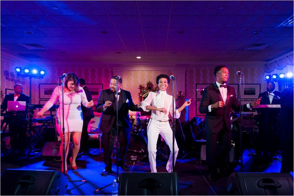 allison-rodes-classic-country-club-of-virginia-richmond-virginia-wedding_0055.jpg