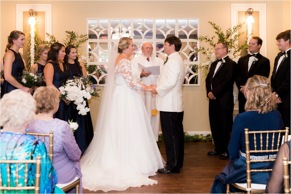 rachel-robert-chesapeake-inn-urbanna-virginia-wedding-photos_0009.jpg