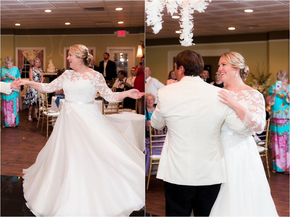 rachel-robert-chesapeake-inn-urbanna-virginia-wedding-photos_0026.jpg