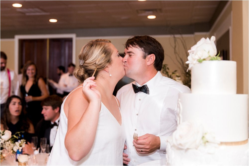 rachel-robert-chesapeake-inn-urbanna-virginia-wedding-photos_0041.jpg