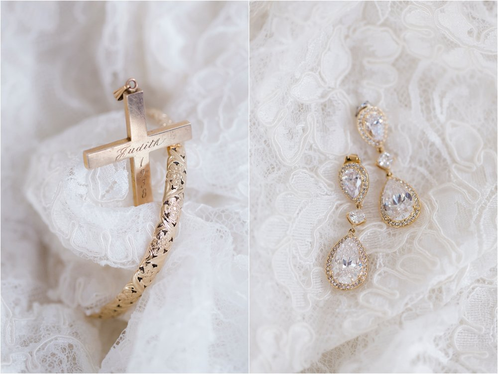 katie-robbie-country-club-of-virgiinia-winter-richmond-virginia-wedding_0003.jpg