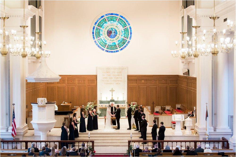 katie-robbie-country-club-of-virgiinia-winter-richmond-virginia-wedding_0026.jpg
