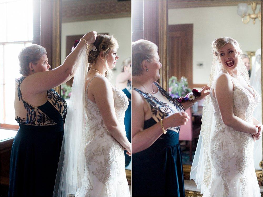 caroline-james-historic-bolling-haxall-house-richmond-virginia-wedding-photos_0013.jpg
