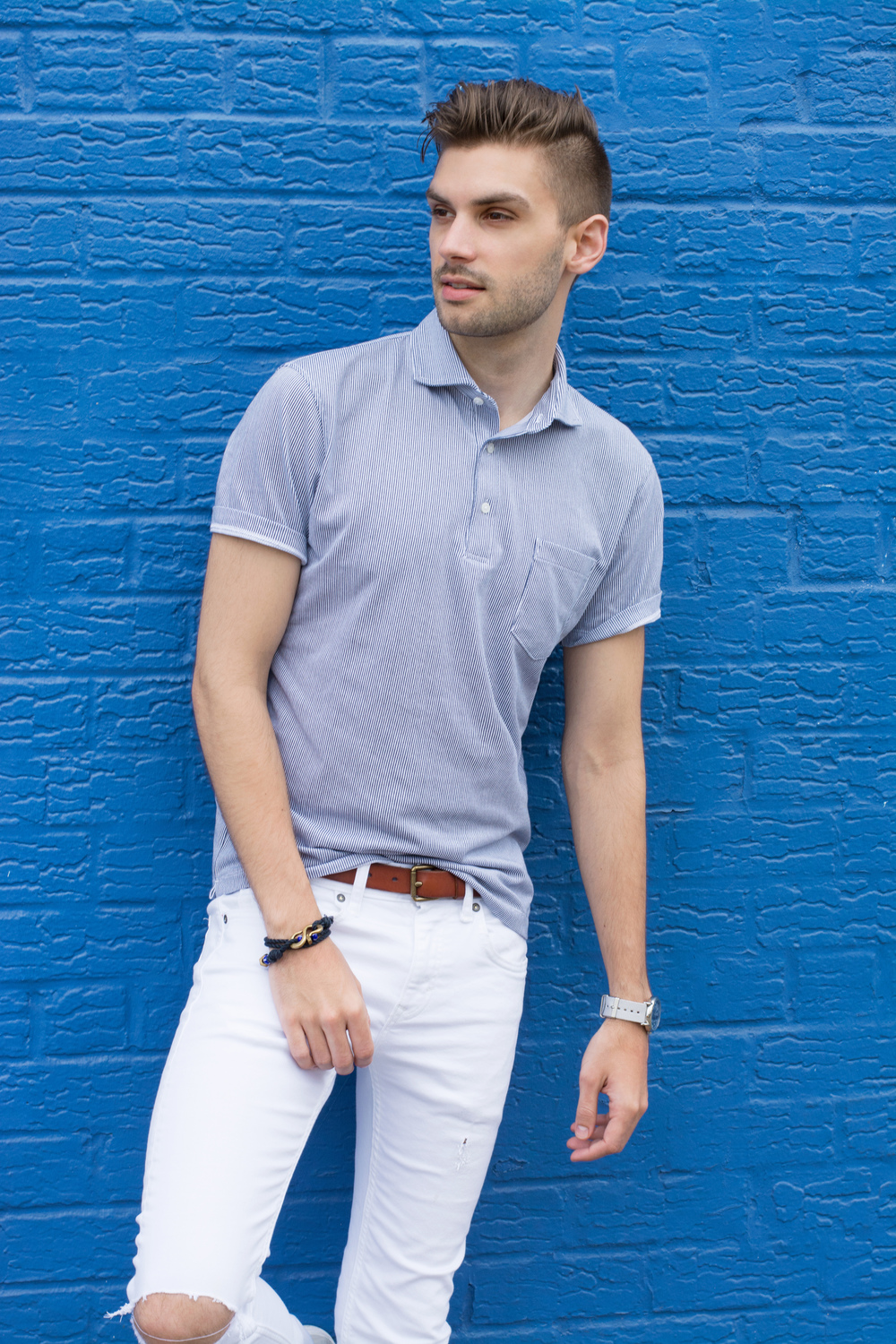 The Modern Otter | #mensstyle #mensfashion #uniqlo #whitedenim #summerstyle