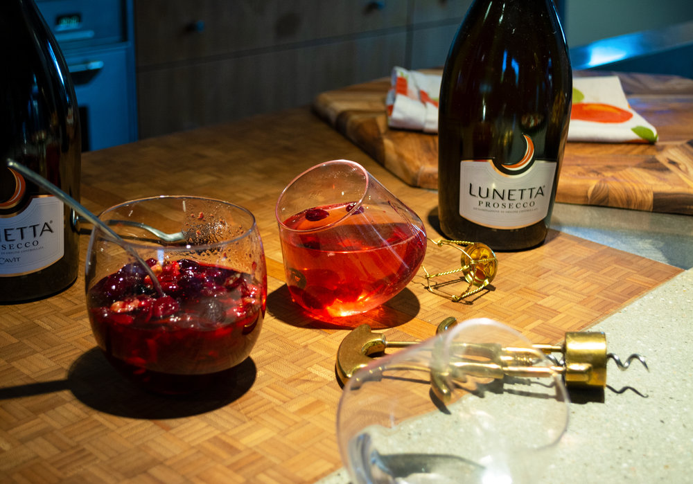 Holiday Bellinis with Lunetta   The Modern Otter
